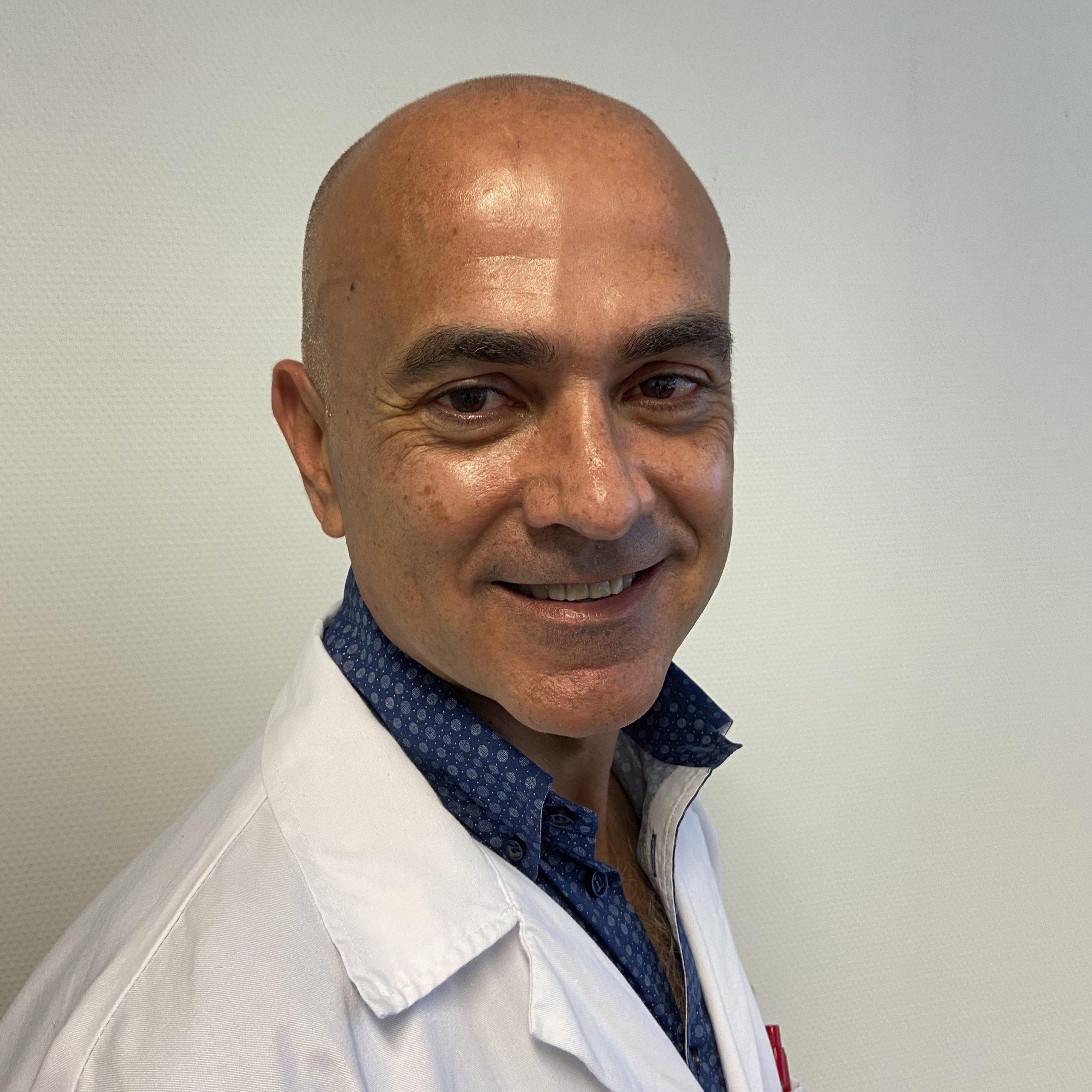 07_Dr. Oscar Juan